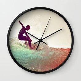 Danse avec les vagues Wall Clock