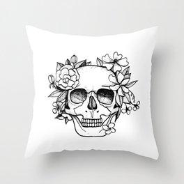 Skull glam Throw Pillow