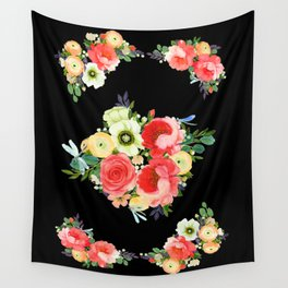 Tiny Blütenschön Black Wall Tapestry