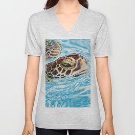 Sea turtle swimming Unisex V-Neck