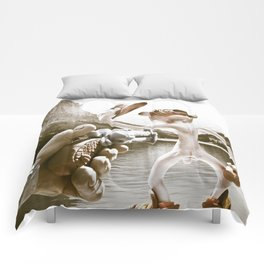 Naked Cowboy (retro color) Comforters