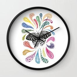 Mariposa con colores Wall Clock