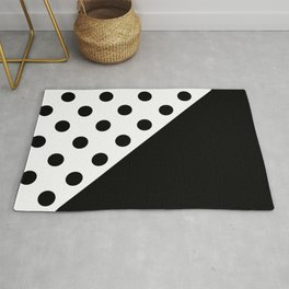 CIRCLES PATTERN (BLACK-WHITE) Rug