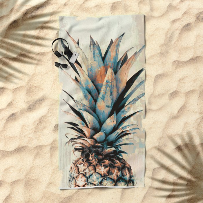 PINEAPPLE 3 Beach Towel
