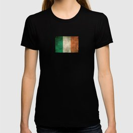 Old and Worn Distressed Vintage Flag of Ireland T-shirt
