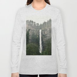 Multnomah Falls, Oregon Long Sleeve T-shirt
