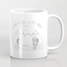distance cat Mug