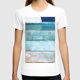 Beach Moonrise T-shirt