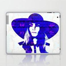 Cara Delevigne: Wide Brimmed Hat Laptop & iPad Skin