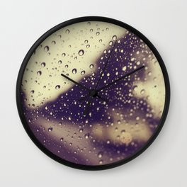 Une petite voiture Wall Clock