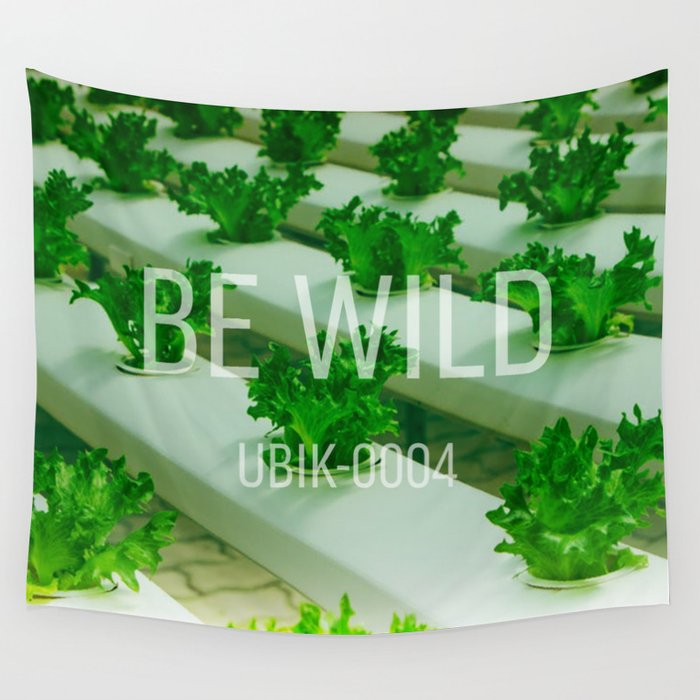 UBIK-0004 Be Wild Wall Tapestry