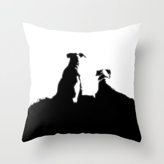 even dogs fall in love Throw Pillow