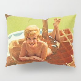 Pour some syrup on me - Breakfast Waffles Pillow Sham