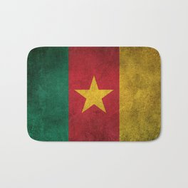Old and Worn Distressed Vintage Flag of Cameroon Bath Mat