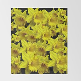 YELLOW SPRING KING ALFRED DAFFODILS ON BLACK Throw Blanket