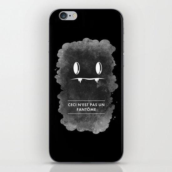 Ceci n'est pas un fantôme iPhone Skin