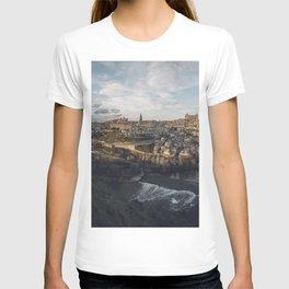 Toledo at sunset T-shirt