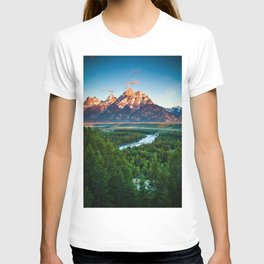 Snake River and the Grand Titan Mountains T-shirt
