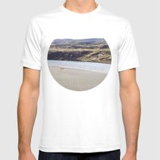 In the middle of nowhere, Iceland White MEDIUM Mens Fitted Tee