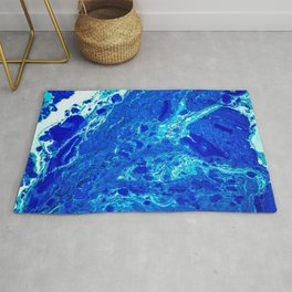 AN ABSTRACT PATTERN IN THE BLUE WATER SURFACE Rug