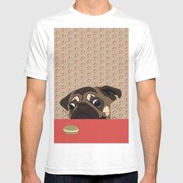 Le pug et le macaron T-shirt