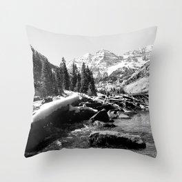 Maroon Bells Mountains Colorado Throw Pillow