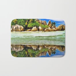The Colos of Nature 2 Bath Mat