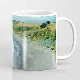 Raglan beach, New Zealand Coffee Mug