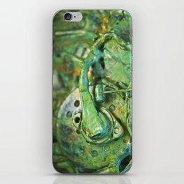 Alien Organic iPhone Skin