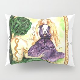 Reflections of the past Pillow Sham