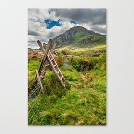 Stile To Tryfan Mountain Canvas Print