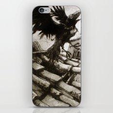 il Corvo Scappato iPhone & iPod Skin