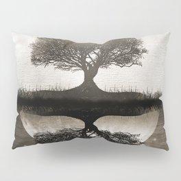 The lone Night reflex Pillow Sham