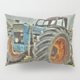 Porth Meudwy Tractor Pillow Sham