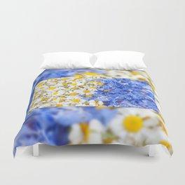 Blue cornflower and white chamomile Duvet Cover