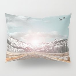 THE PURSUIT OF THE RED FREEDOM Pillow Sham