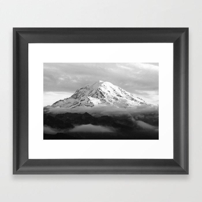 Marvelous Mount Rainier Gerahmter Kunstdruck