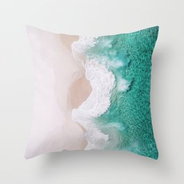 Waves spread out on the coast Throw Pillow