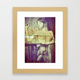Didì Love Framed Art Print