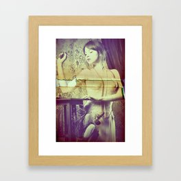 Didì Love Framed Art Print