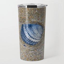 INDIGO COCKLE SHELL ON SAND Travel Mug