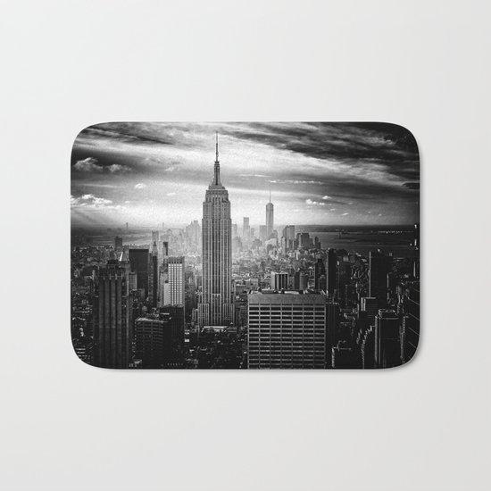 New york city black white 2 Bath Mat