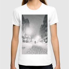 Alone in a Blizzard - New York City T-shirt