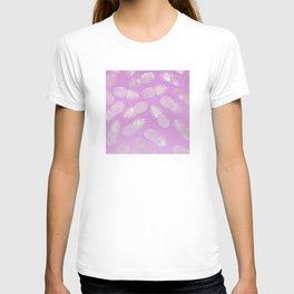Lilac Pineapple Pattern T-shirt