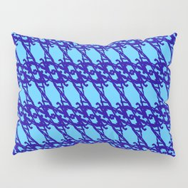Braided diagonal pattern of wire and blue arrows on a light blue background. Pillow Sham
