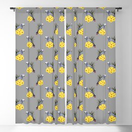 Timneh African Grey Blackout Curtain