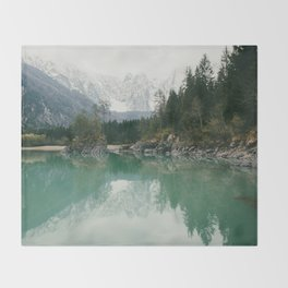Turquoise lake - Landscape and Nature Photography Decke