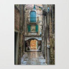 Venezia - In the city Canvas Print