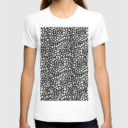 Leopard print pattern with watercolor shining dots background black white background T-shirt