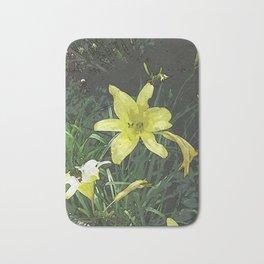 Yellow Lily DPGPA151014-14 Bath Mat